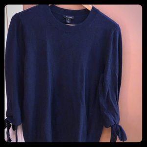 3/4 sleeve light sweater